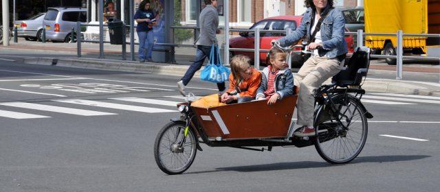 Le vélo cargo de plus en plus adoptés par les familles et les artisans